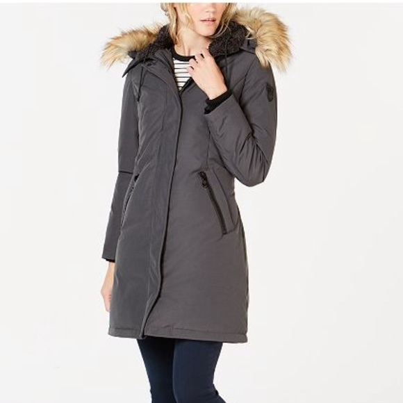 d86be440b Faux-fur trim hooded down parka - new, never worn NWT
